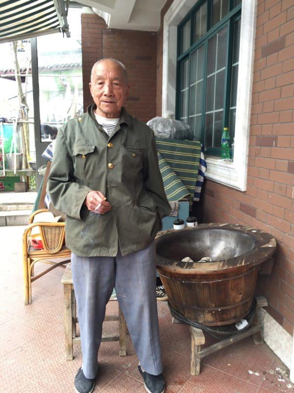 Longjing tea maker