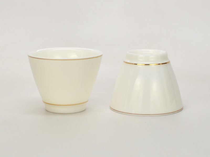 Two suet jade white porcelain cups