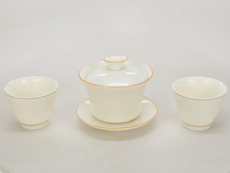 Suet jade white porcelain gaiwan with two suet jade white porcelain cups